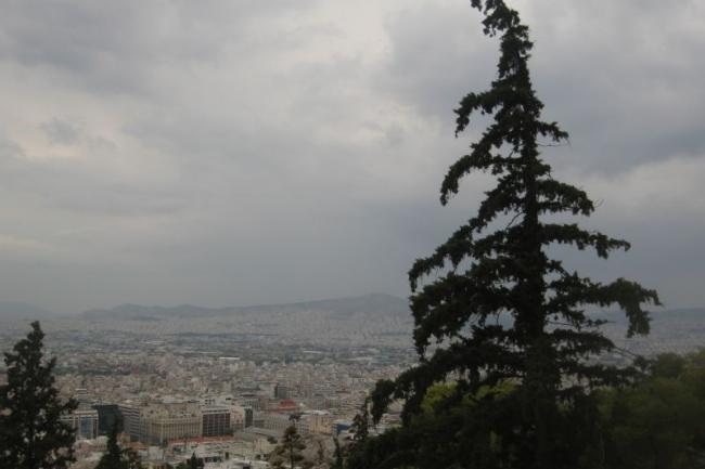 Афины в пасмурный осенний день