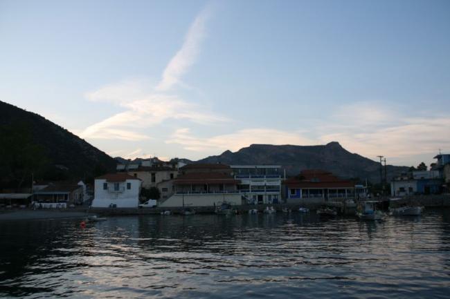 Ночевка на острове Леонидио