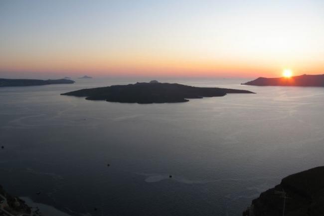 Закаты на острове Санторини